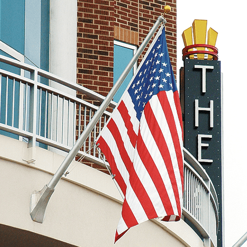 Outrigger Wall Mounted Flagpole